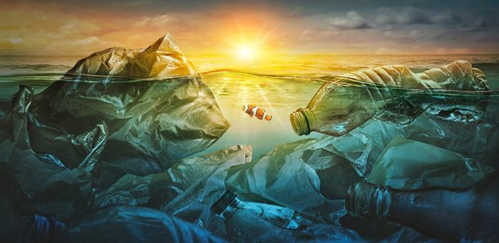 Plastic in the ocean - graphic
