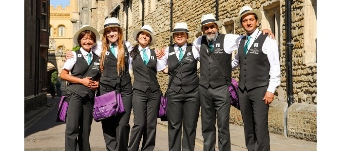 Cambridge city ambassadors standing in Kings Lane