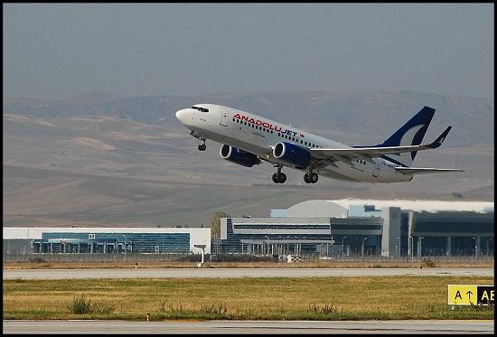 AnadoluJet Boeing 737