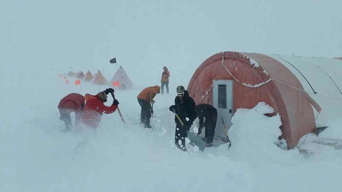 The BAS team work in harsh conditions of minus 22 degrees F