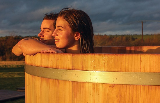 hot tub at Bourn Golf & Leisure