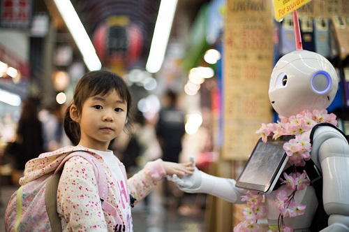 Child with robot_ Empathetic Machines: can chatbots be built to care?