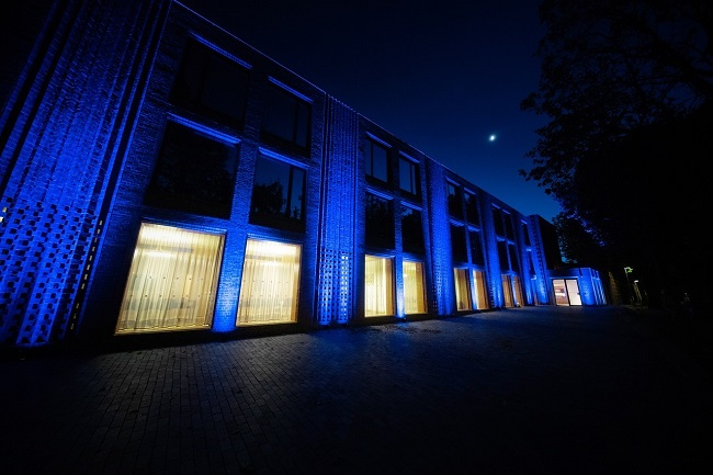Newnham College (Photo credit Martin Bond, A Cambridge Diary)