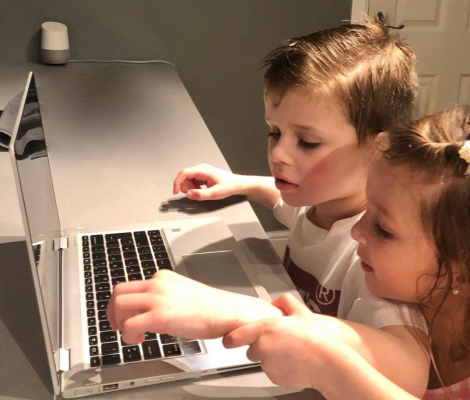 children and laptop
