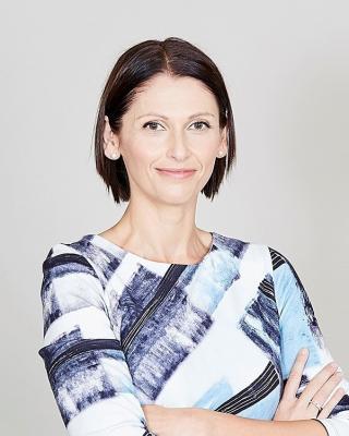 Sarah Austin, Independent Financial Adviser (IFA)