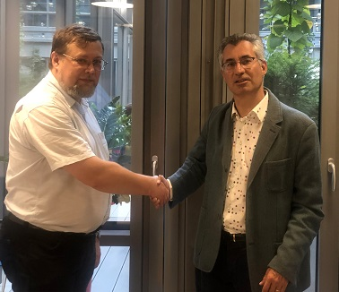 Marcin Hlond (left) with Rupert Baines