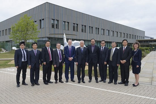 Chinese Science and Technology Minister visits TWI