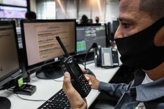 A Sepura SC20 TETRA radio in the operation control room in Mato Grosso state, Brazil.  PHOTO: Mayke Toscano/Secom-MT / Governo de Mato Grosso