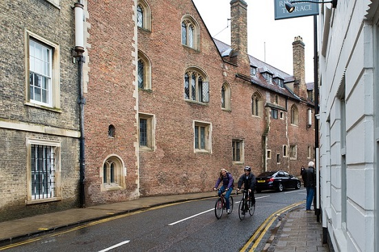 Cambridge. Image by Ron Porter from Pixabay