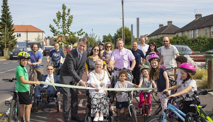 Ribbon cutting as new cycle route opens to improve links with the city