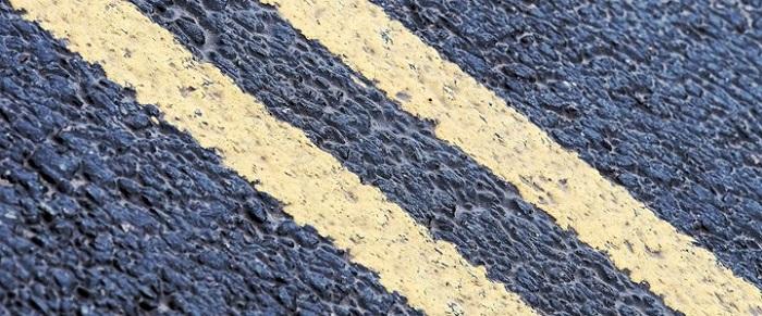 double-yellow-lines