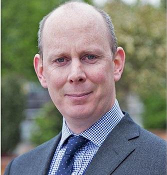 Dr Diarmuid O'Brien