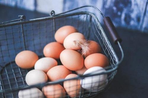 eggs in a metal basket