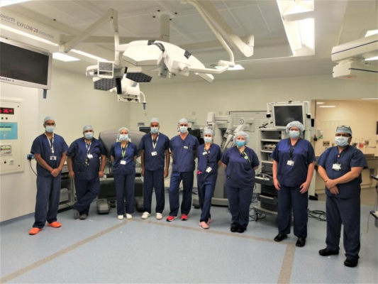 Team at Nuffield Health Cambridge Hospital welcomes the da Vinci robot